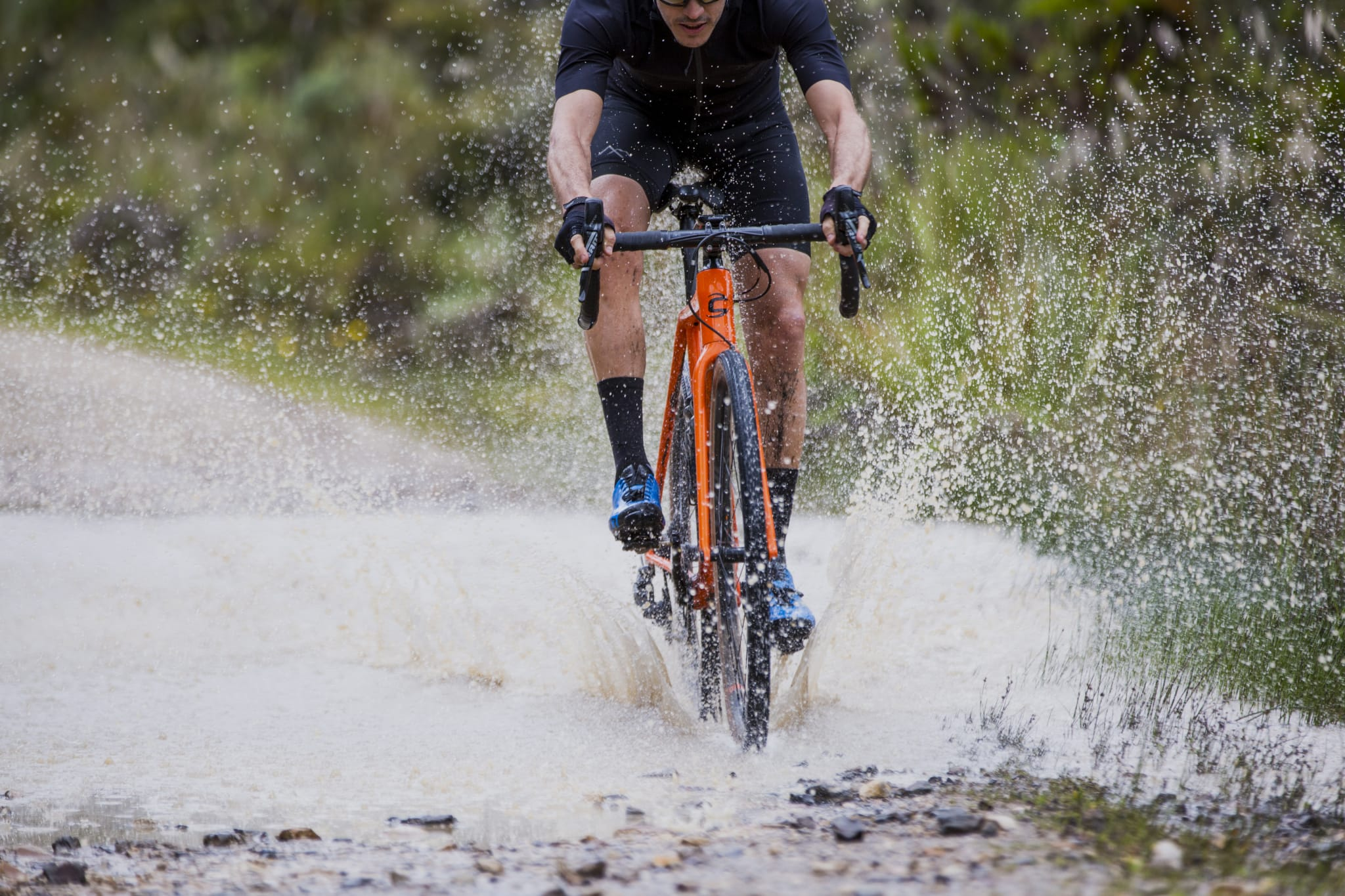 Anton tester sykkel