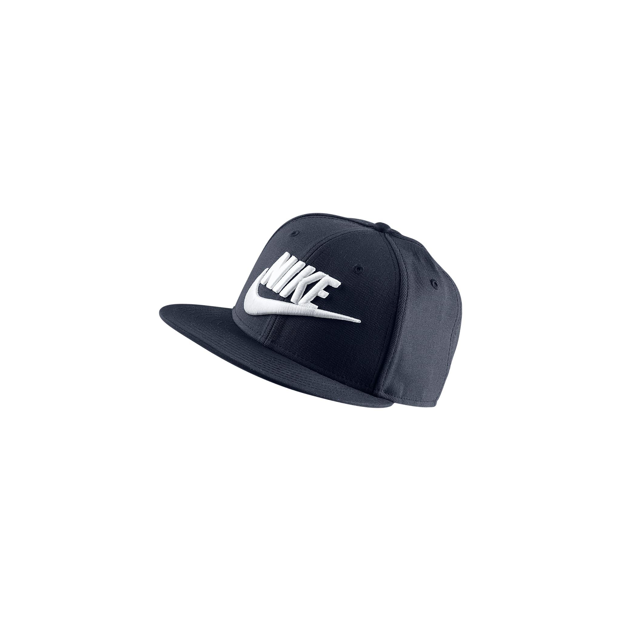 Futura True Hat