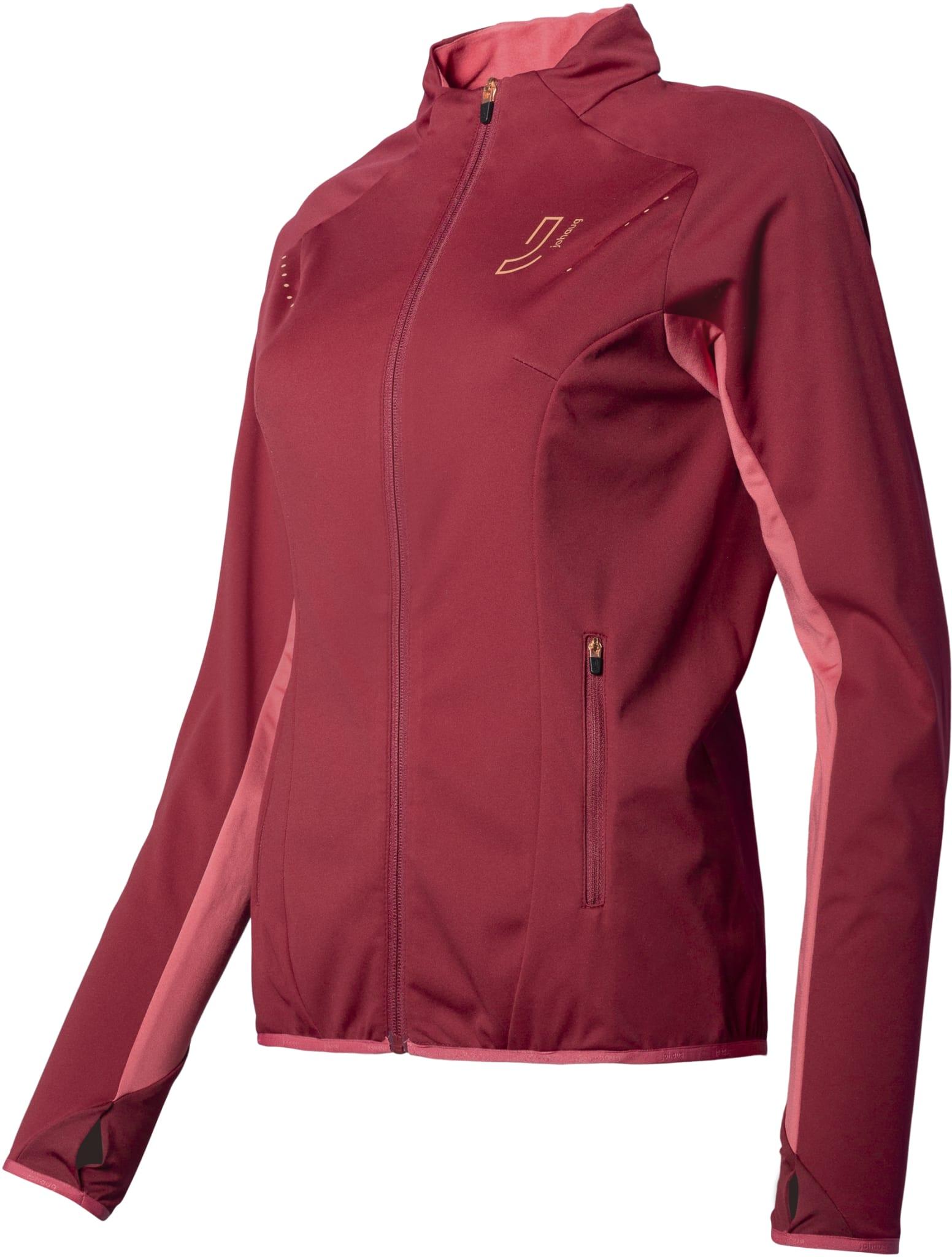 Sporty og stilren softshell jakke med feminint snitt